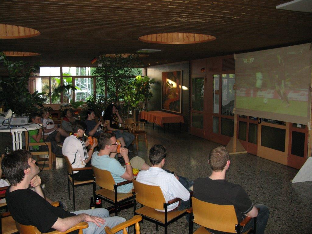 Public Viewing im Foyer, WM 2010